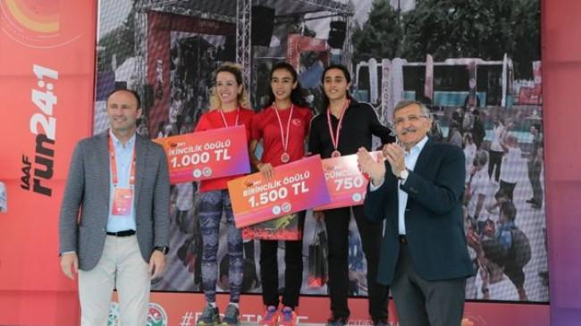 Run24:1 Koşu Heyecanı Dünyayla Birlikte Beykoz'da Yaşandı!..